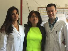 Dra. Lucrecia Lopez con la Dra. Debora Nadur (izq) y Dr Cristian Hardaman (der)